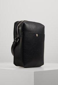 anello - CROSSBODY - Across body bag - black - 3