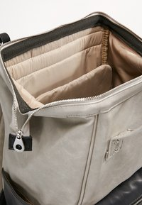 anello - TOTE BACKPACK VEGAN LARGE - Rucksack - grey putty - 4