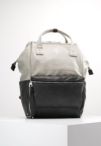 anello - TOTE BACKPACK VEGAN LARGE - Rucksack - grey putty - 0