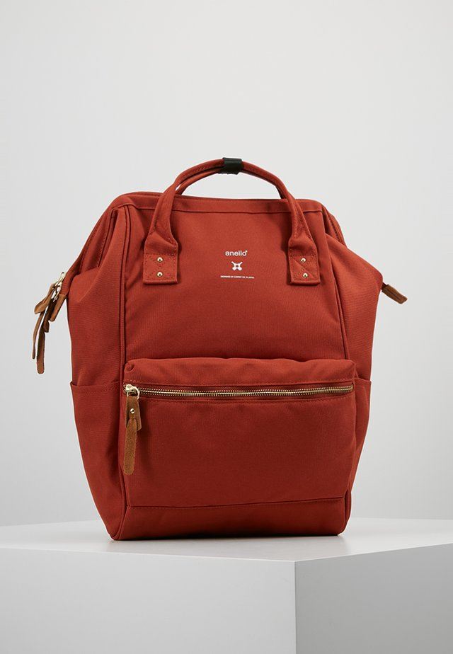Tagesrucksack - dark orange