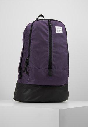 CENTRE ZIP BACKPACK - Reppu - purple