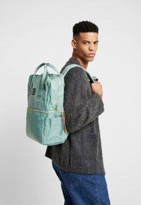 anello - SQUARE TOTE BACKPACK - Reppu - mint green - 1