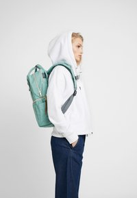 anello - SQUARE TOTE BACKPACK - Reppu - mint green - 6