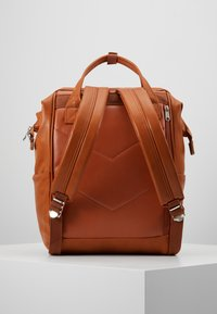 anello - VEGAN BACKPACK  - Reppu - camel - 2