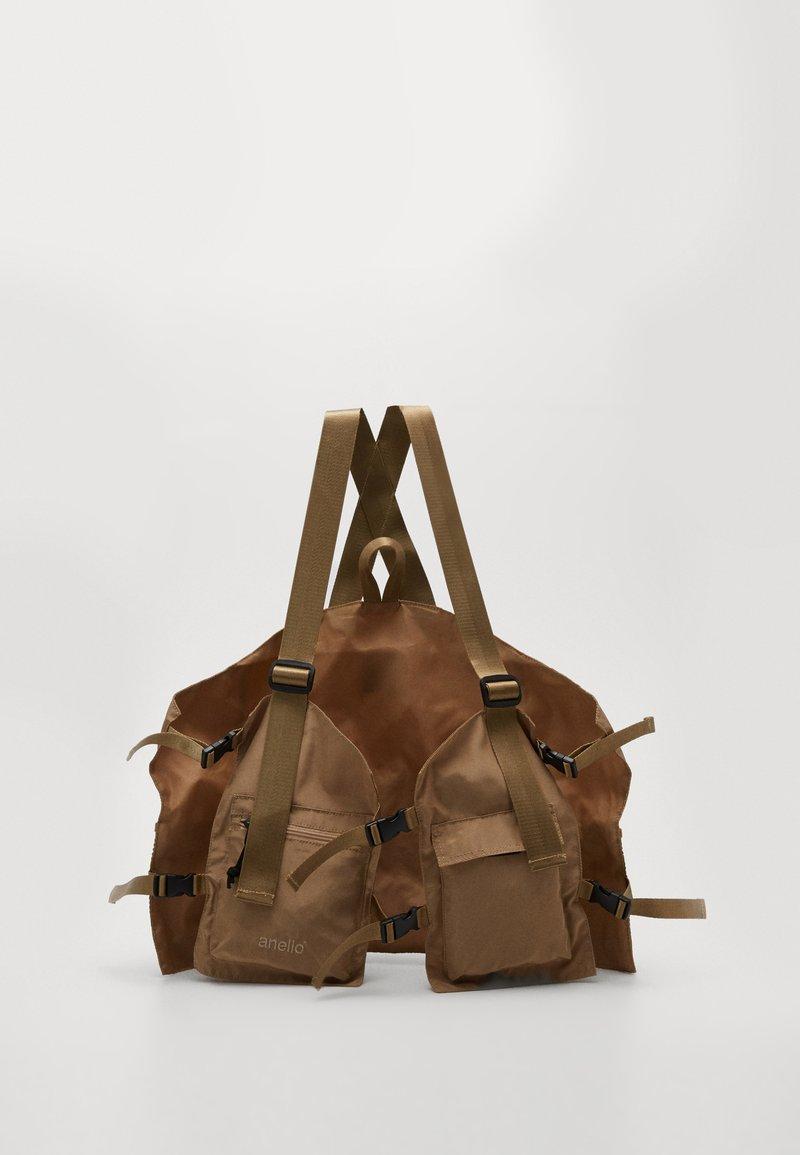 anello - RUCK VEST BAG - Batoh - beige