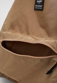 anello - RUCK VEST BAG - Batoh - beige - 4