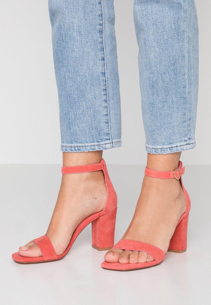 ANNY NORD - THE ONLY WAY IS UP - Sandalias de tacón - coral
