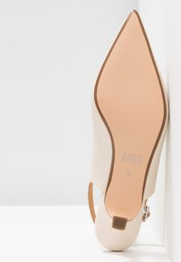 ANNY NORD - TO THE POINT - Pumps - cream - 6