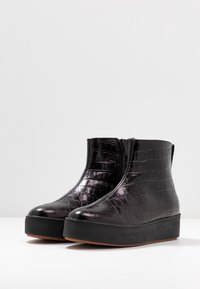 ANNY NORD - NOBODY IS PERFECT HIGH TOP - Ankelboots - black - 4