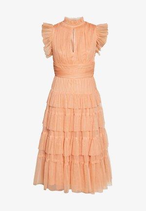 RUFFLE SLEEVE KEY HOLE MIDI DRESS WITH TIERS - Koktejlové šaty/ šaty na párty - apricot