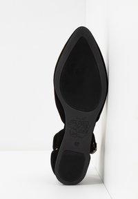 Apple of Eden - BENY - Ankle strap ballet pumps - black - 6