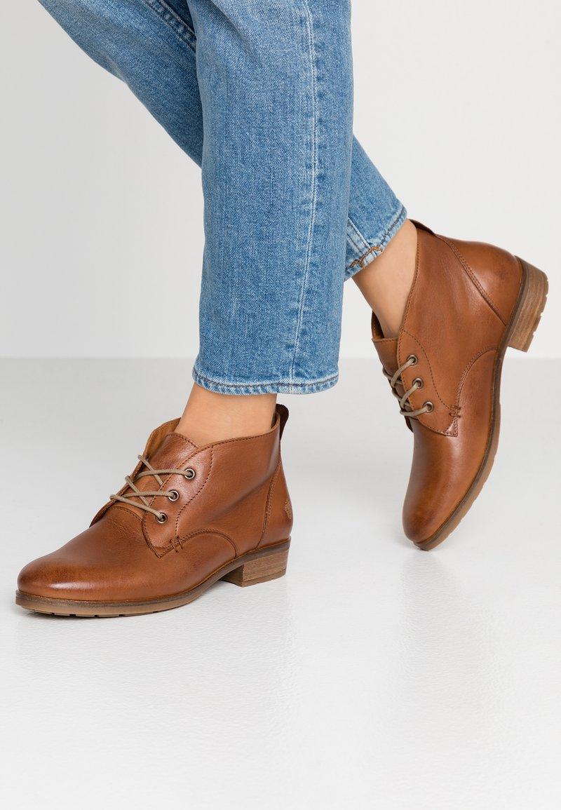Apple of Eden - BRUNA - Ankle Boot - dark cognac