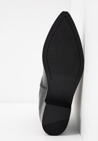 Apple of Eden - WHITNEY - Classic ankle boots - black - 6