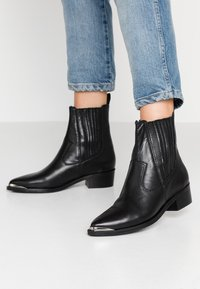 Apple of Eden - WHITNEY - Classic ankle boots - black - 0