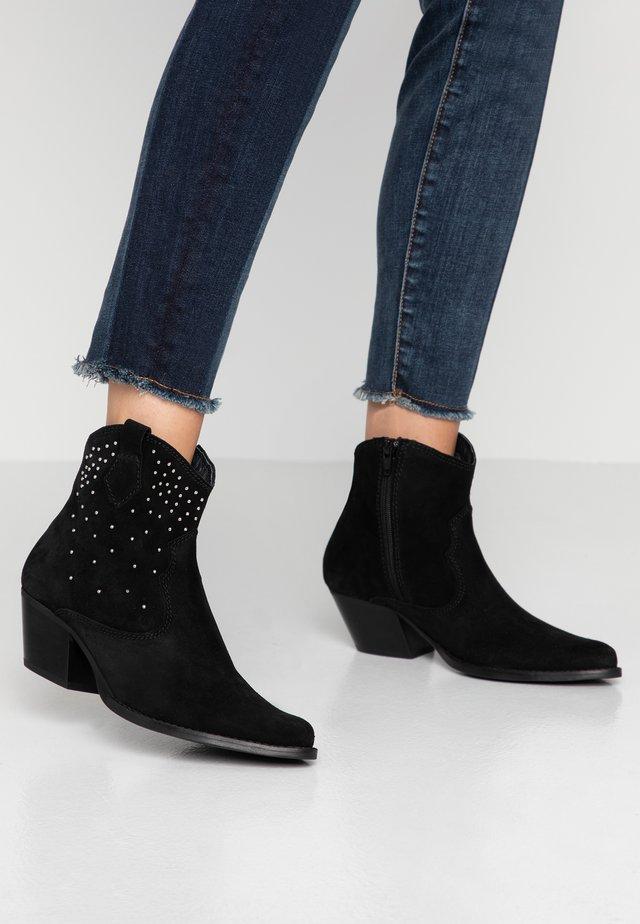 CLARA - Cowboy/biker ankle boot - black
