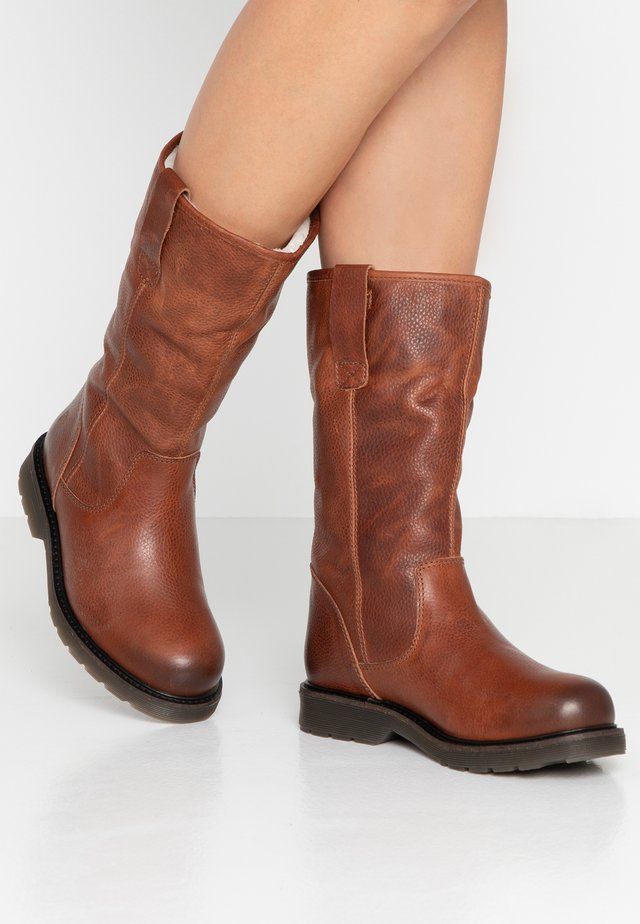 SUELI - Boots - brown