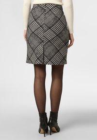Apriori - A-line skirt - black/white - 1