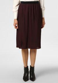 Apriori - Pleated skirt - eggplant - 0