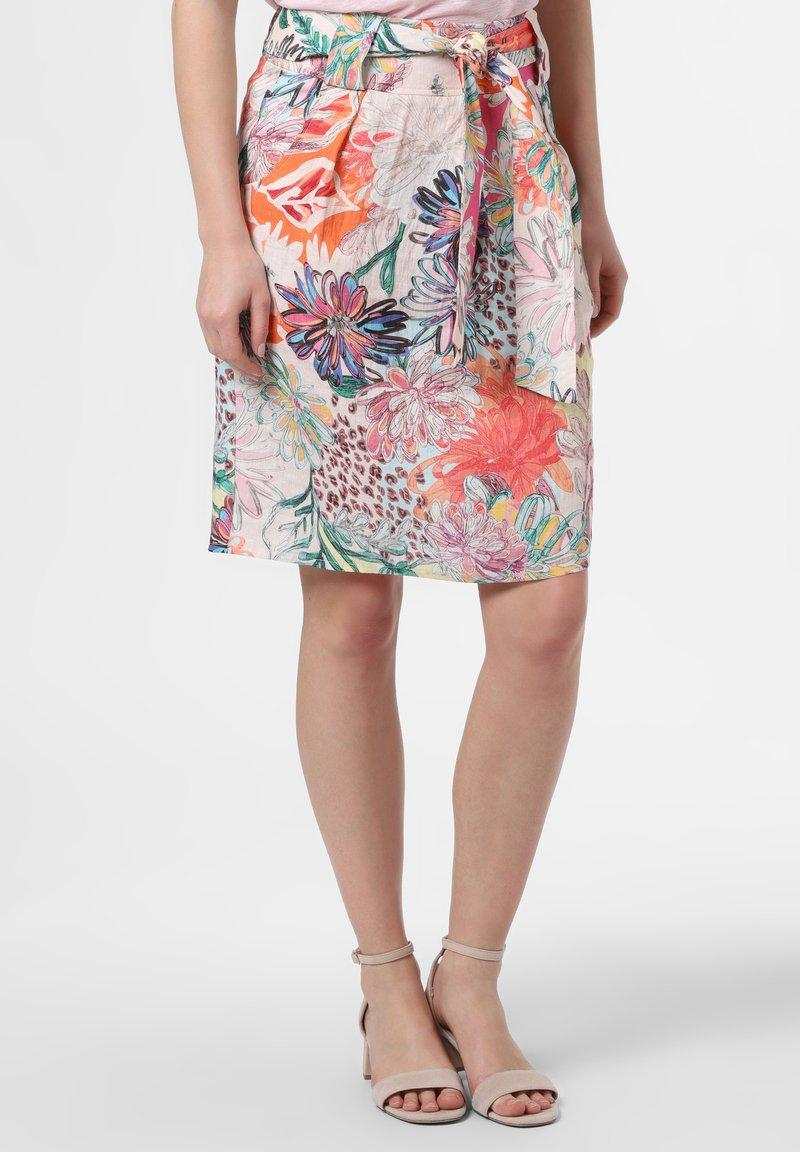 Apriori - A-line skirt - white