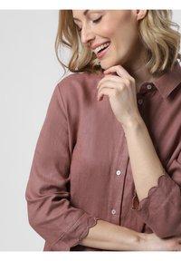 Apriori - Shirt dress - schlamm - 2