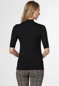 Apriori - Basic T-shirt - black - 1