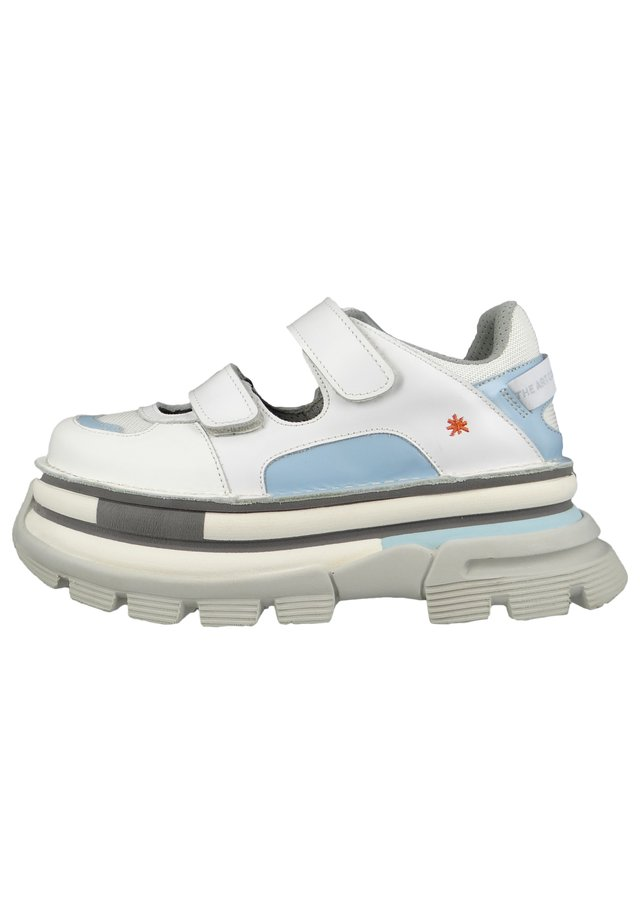 Trainers - white sky