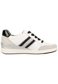 ara - Baskets basses - white - 6