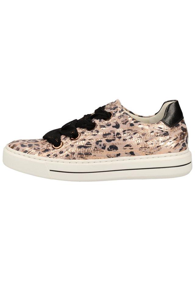 SNEAKER - Sneakers - puder/schwarz 08