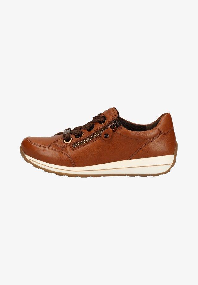Sneakers laag - cognac 23