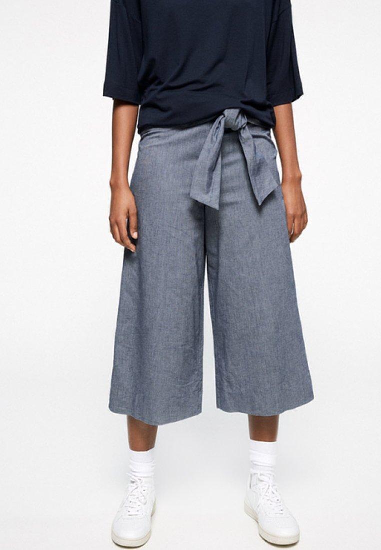 ARMEDANGELS - JUNAA CHAMBRAY - Trousers - blue