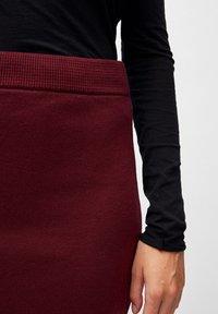 ARMEDANGELS - BEKAA - Pencil skirt - port wine - 3