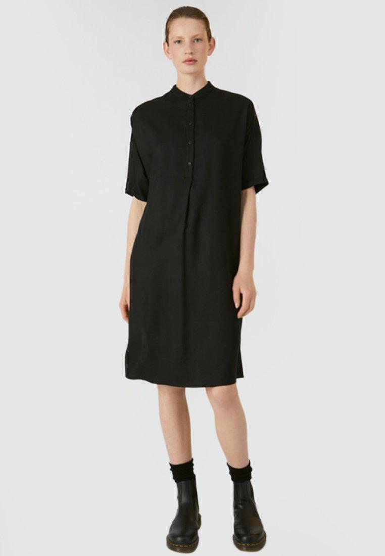 ARMEDANGELS - MAARJULI - Shirt dress - black