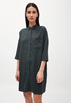 DOROTEAA - Shirt dress - juniper green