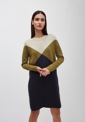 AZIZAA GRAPHICS - Jumper dress - golden khaki