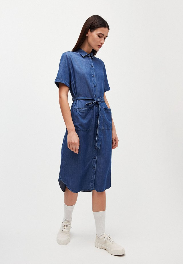 MAAISA - Spijkerjurk - basic denim blue