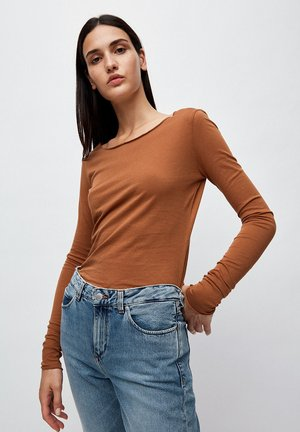 EVAA - Long sleeved top - brown
