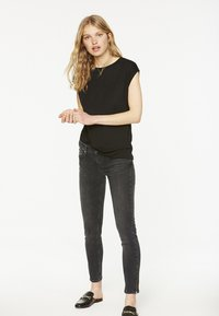 ARMEDANGELS - JILAA - Basic T-shirt - black - 1