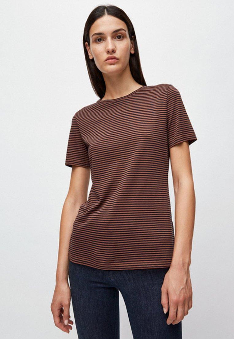 ARMEDANGELS - LIDAA  - T-Shirt print - dark brown