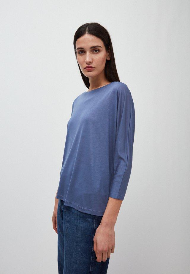 Long sleeved top - blue indigo