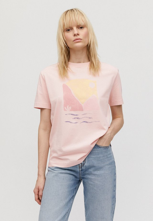 MIAA LANDSCAPE - T-Shirt print - cherry blossom