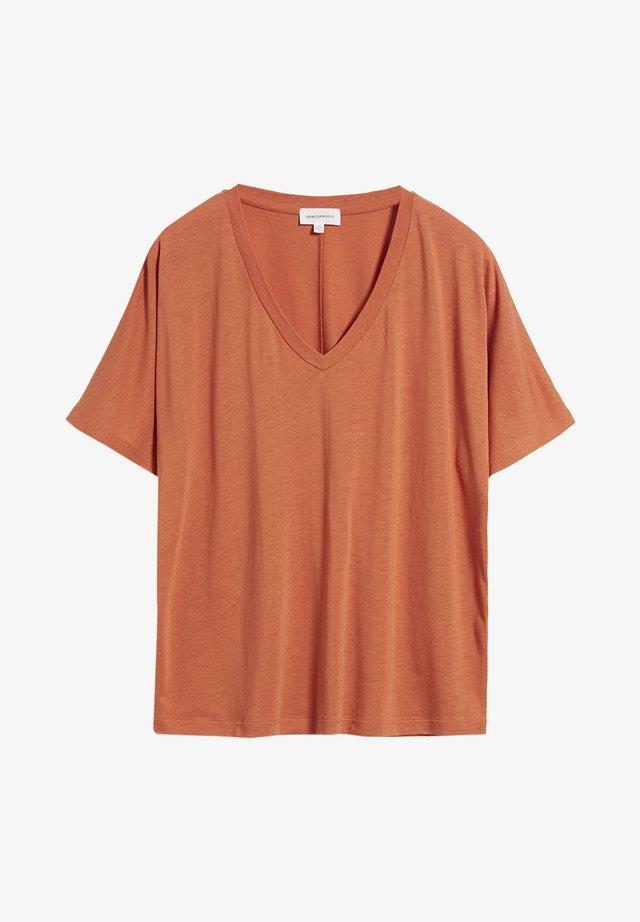 MIRAA - T-Shirt basic - starfish
