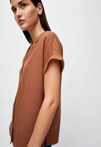 ARMEDANGELS - ILONAA - Button-down blouse - brown - 3