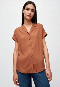 ARMEDANGELS - ILONAA - Button-down blouse - brown - 0