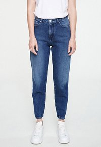 ARMEDANGELS - MAIRA - Jeans Tapered Fit - destroyed denim - 0