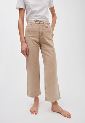 NESSAA CROPPED - Flared Jeans - sandy