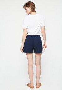 ARMEDANGELS - FINAA - Shorts - dark blue - 2