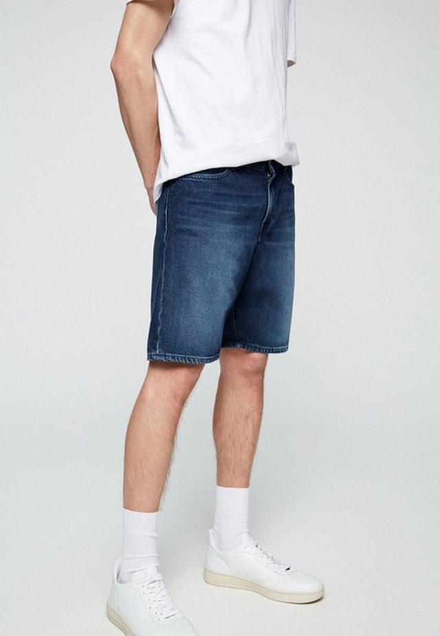 HAAUKE - Denim shorts - stone wash