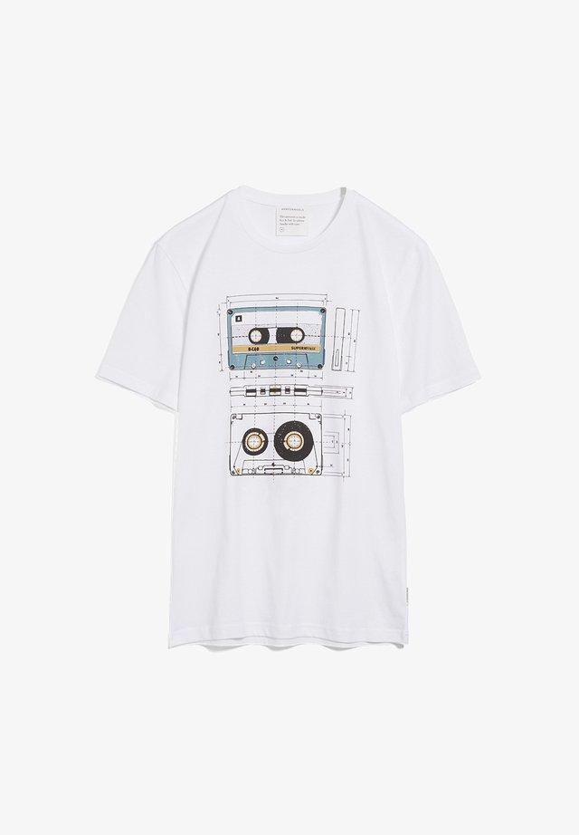JAAMES CASSETTES - Print T-shirt - white