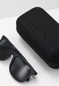 Arnette - Sluneční brýle - black - 2