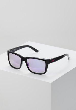 SWINDLE - Okulary przeciwsłoneczne - black